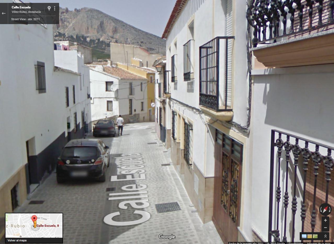 2016-08-30 00_07_44-Calle Escuela - Google Maps
